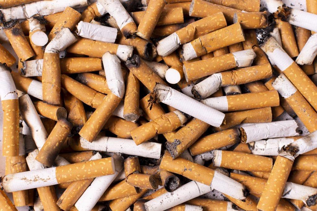 déchet mégot de cigarettes
